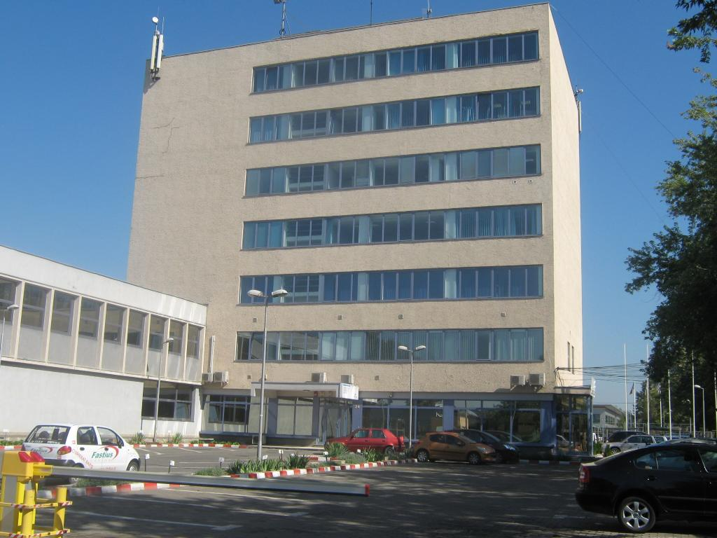 Iride Business Park building 24 office to rent